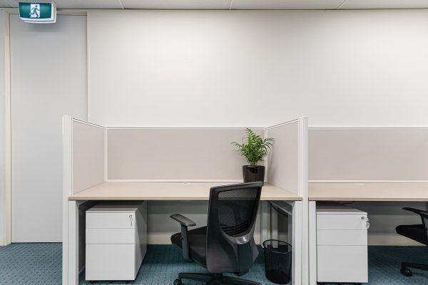 desk space for rent